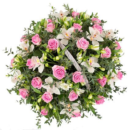 кошик з троянд та орхідей
