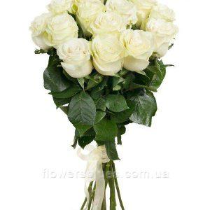 букети з білих роз