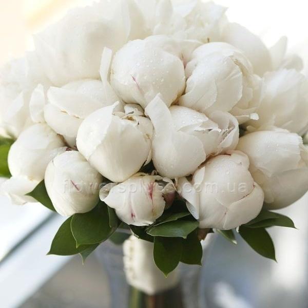 білий букет нареченої
