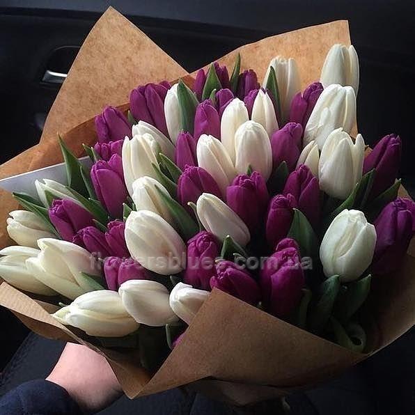 букет квітів на 8 березня