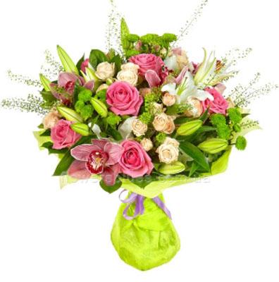 модні букети квітів