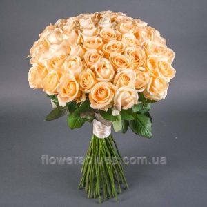 букет квітів троянди