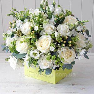 композиція з квітів