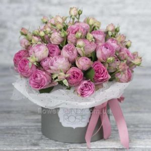 квіти в коробці фото