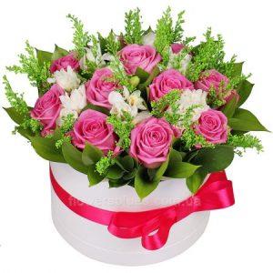 букет квітів в коробці