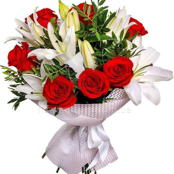 букет з троянд та лілій