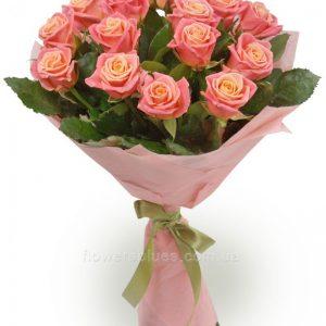 красивий букет троянд