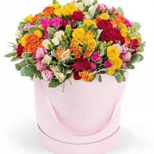 велика коробка з квітами